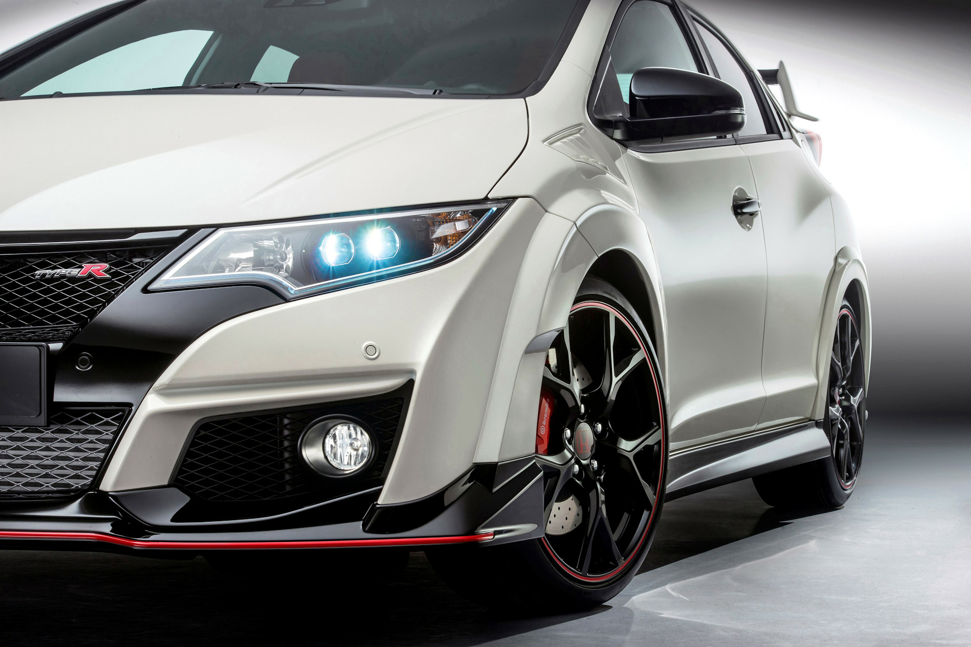 honda civic type r reborn in a 5 7 second 231kw vtec turbo. Black Bedroom Furniture Sets. Home Design Ideas