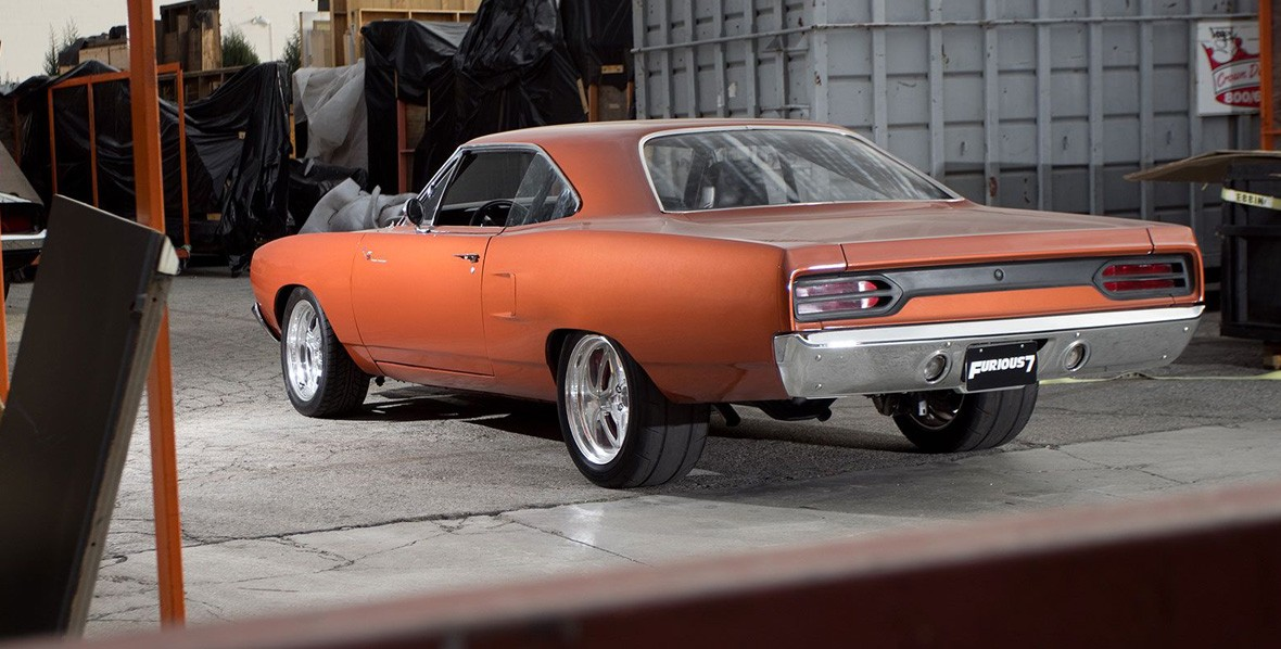 furious-7-inside-track-1970-plymouth-roadrunner-tail-lights-64