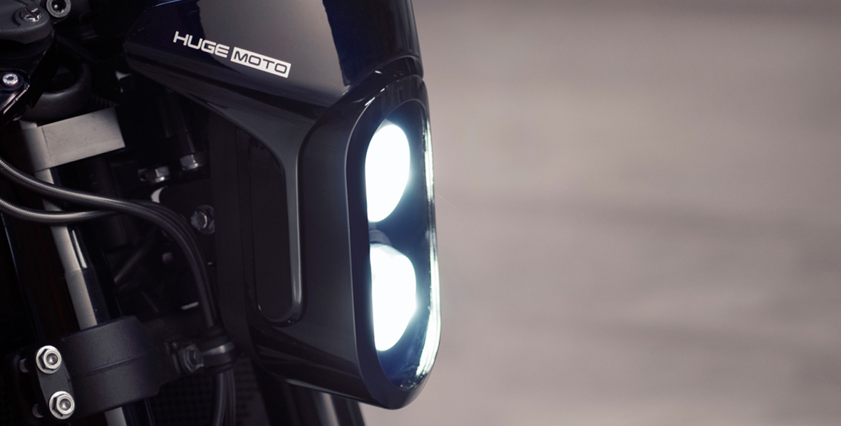 honda-cbr-huge-moto-light