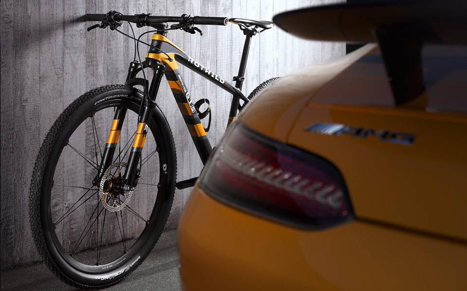 mercedes-amg-rotwild-gt-s-bicycle-03