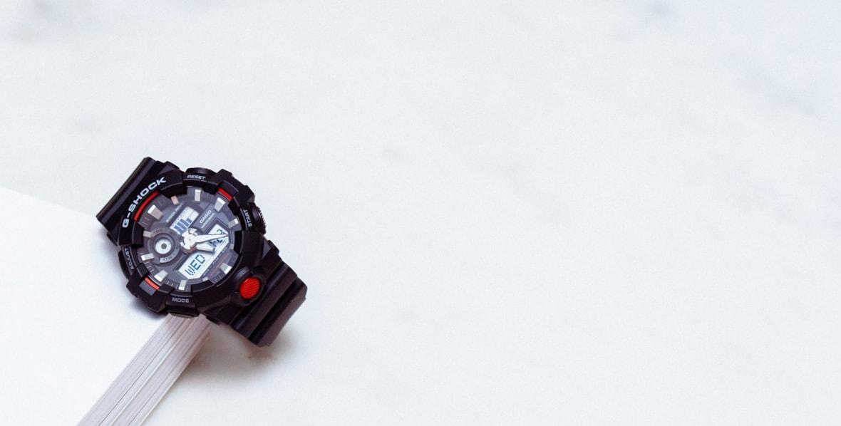 g-shock-700-01