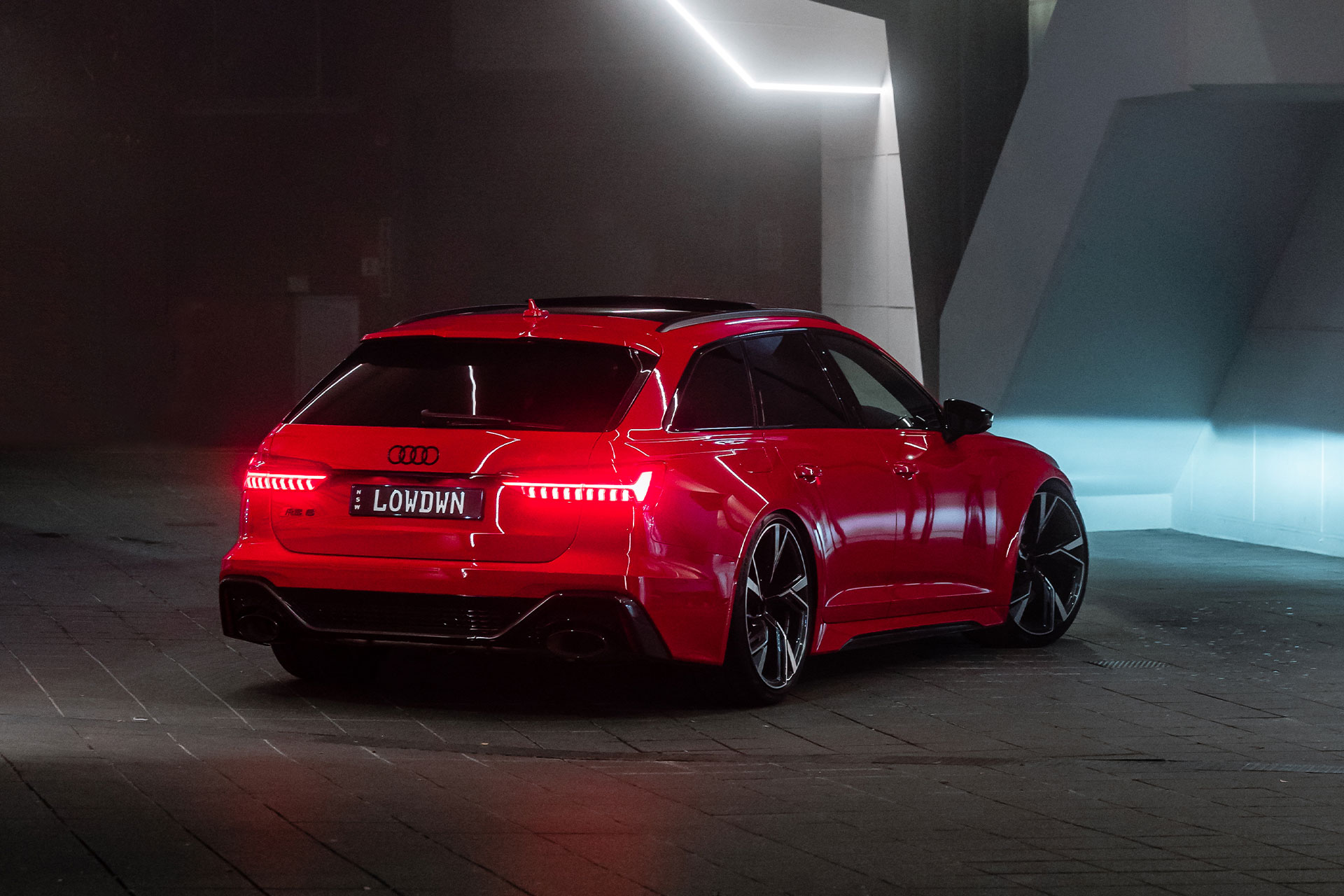 THE-LOWDOWN AUDI RS6