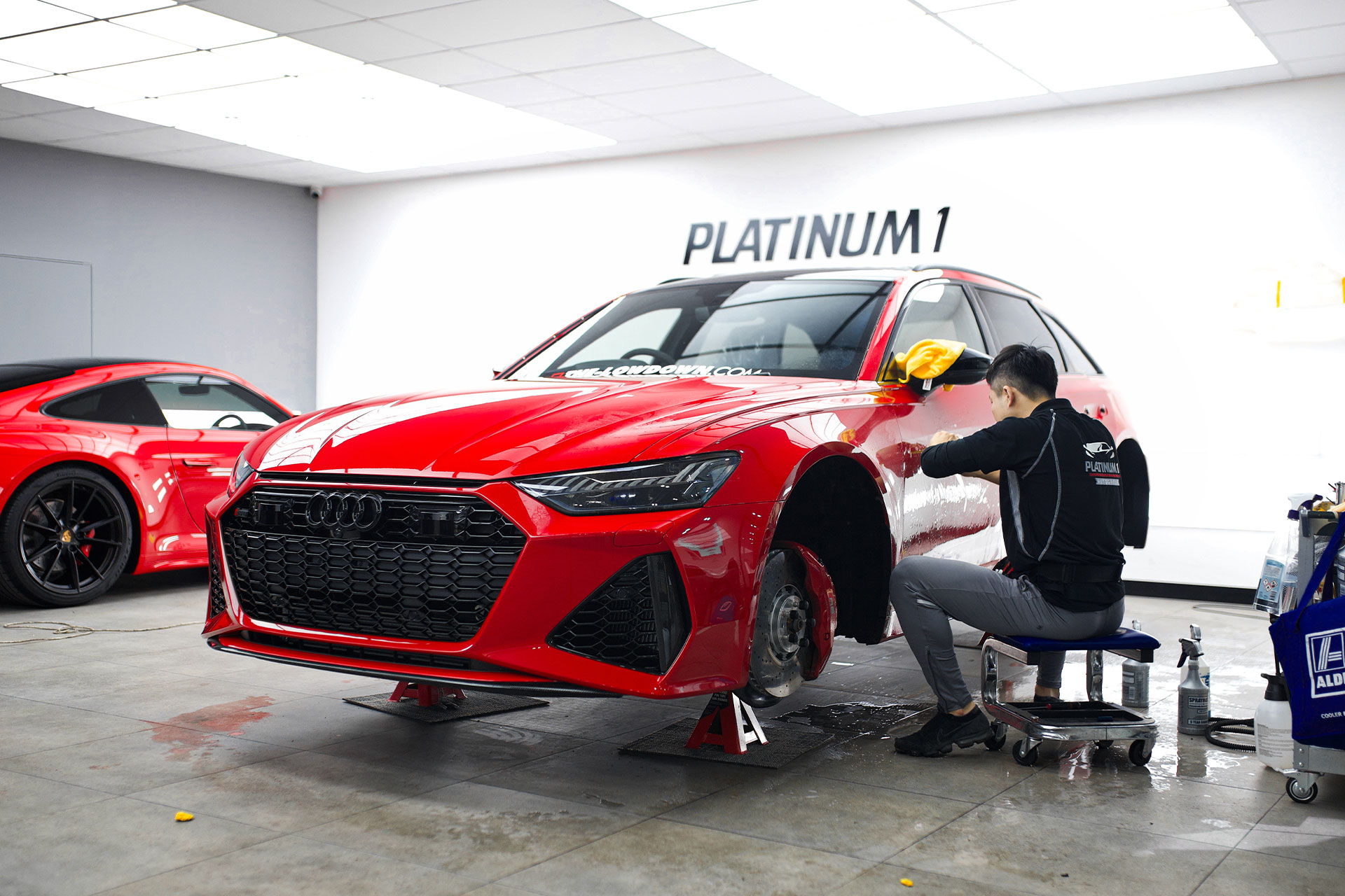 THE-LOWDOWN Audi RS 6 | Platinum 1 Auto Group
