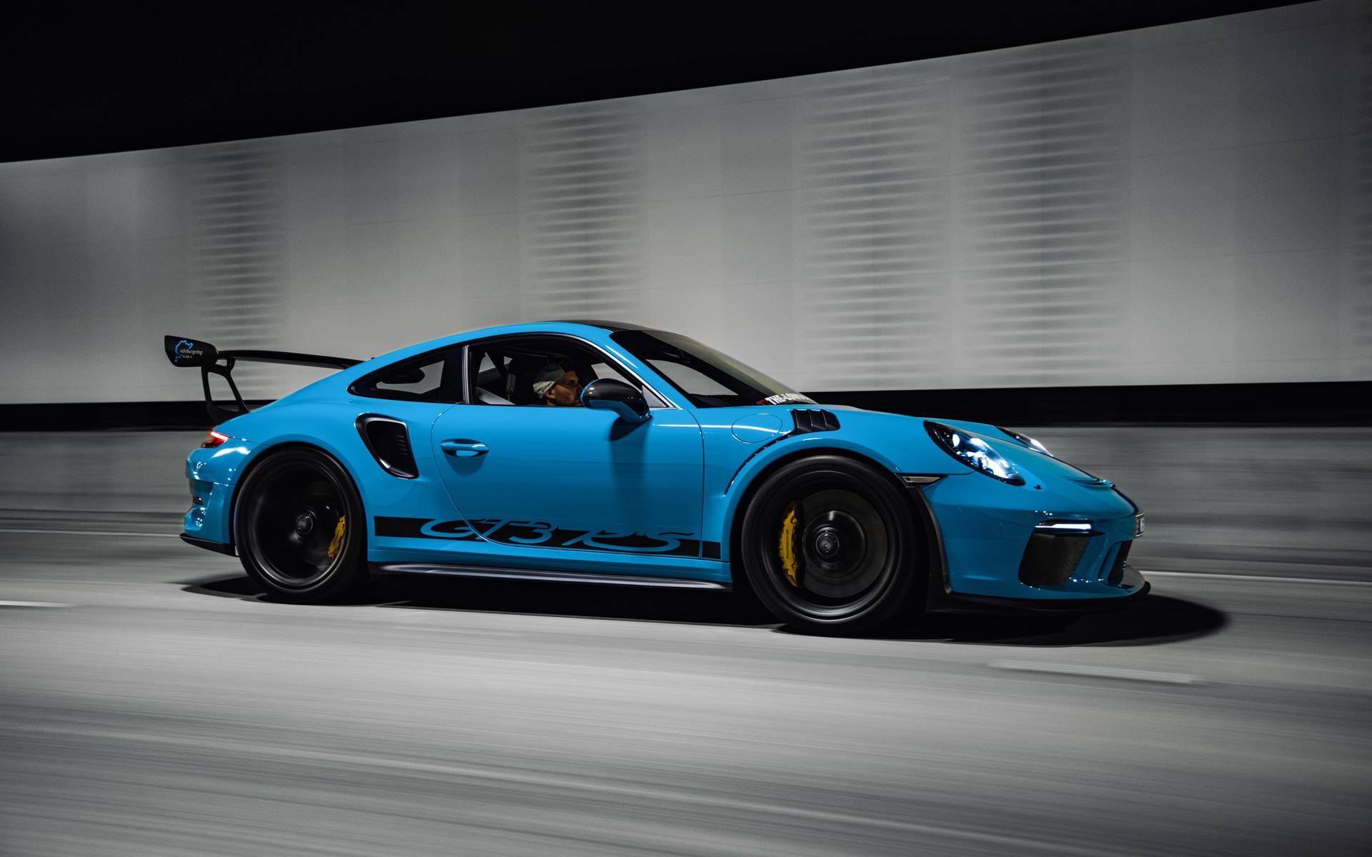 The Weissach Package: Porsche 911 GT3 RS